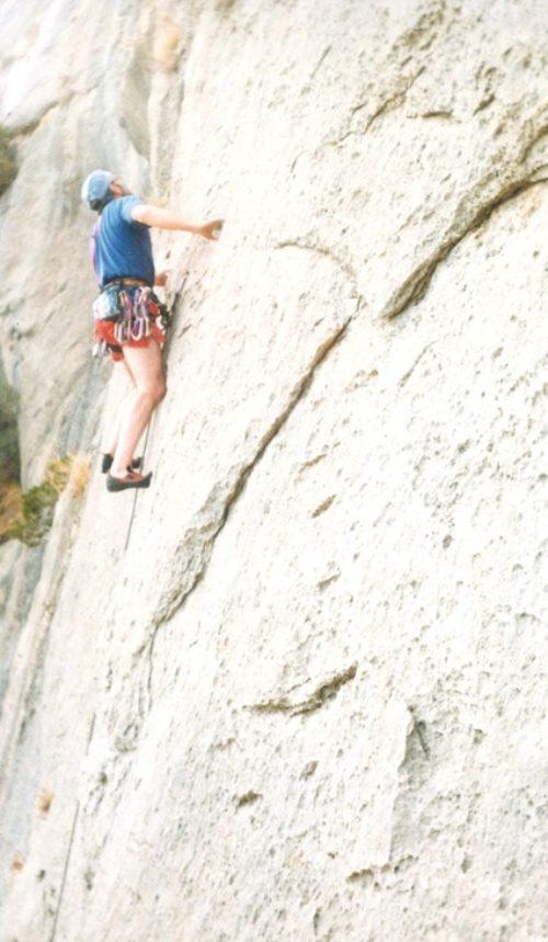 20b Climbing-on-La-Poltrona