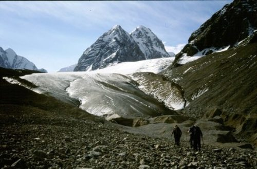 27b Approaching-Ilbirs-glacier