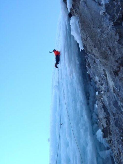 Ice-Climbing-Pilsner-Pillar