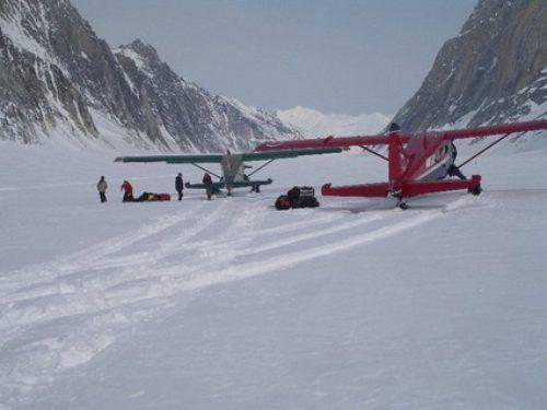 Alaska-Plane