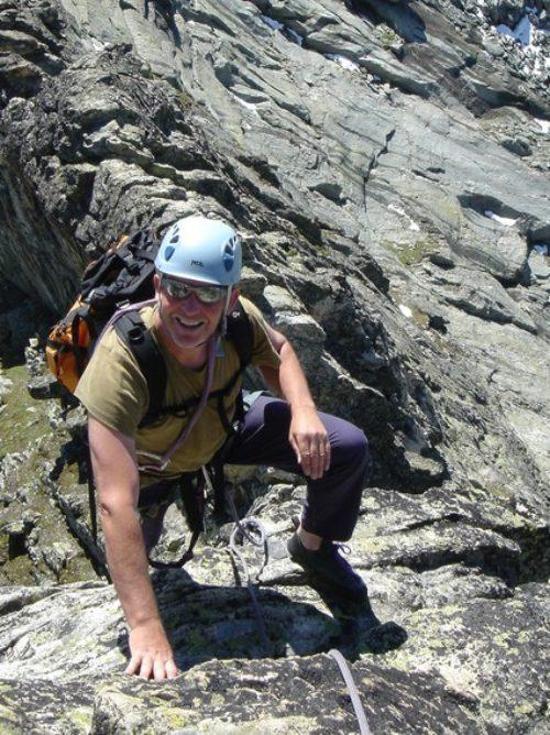 Mountaineering-Courses-ISM-Petite-Dent-de-Veisivi