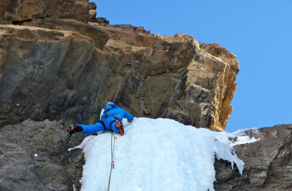 Ade Topping Out On The Steep Slightly Over Hanging Pillar Pillar